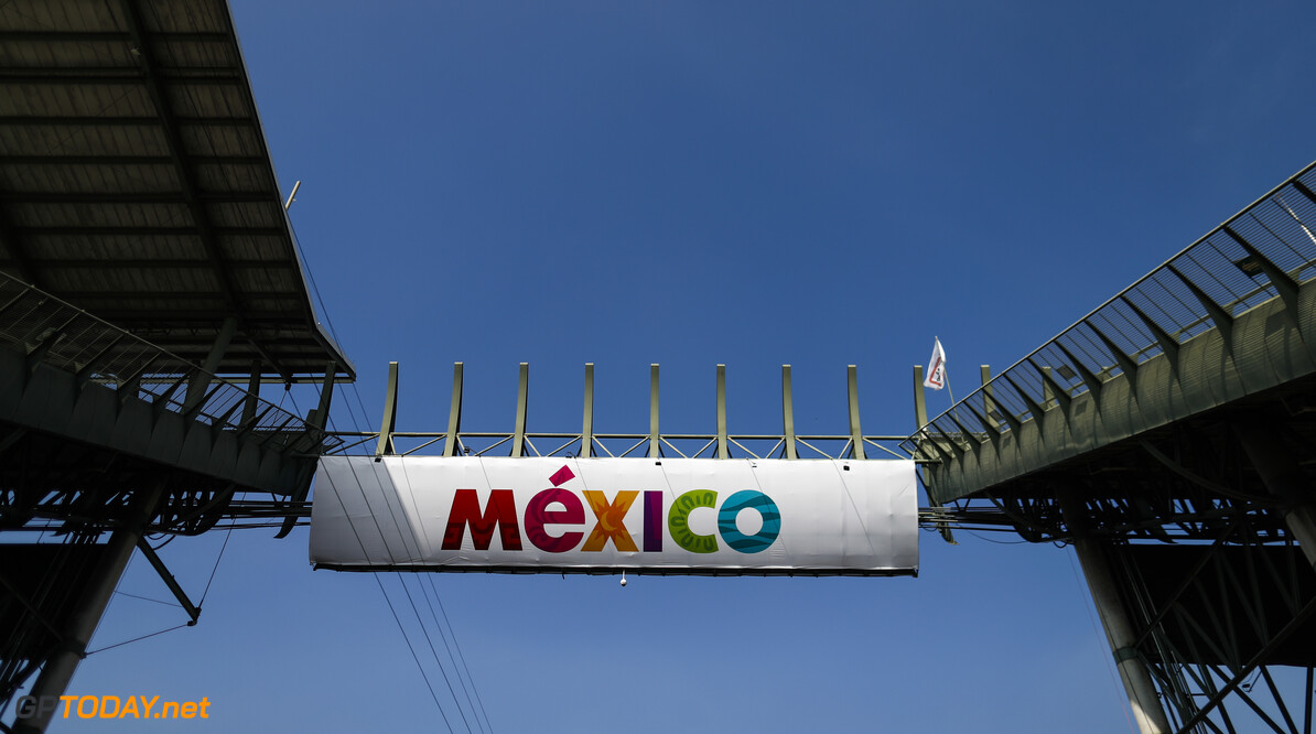 2019 Mexican GP MEXICO CITY - OCTOBER 24: The stadium section during the 2019 Formula One Mexican Grand Prix at Autodromo Hermanos Rodriguez, on October 24, 2019 in Mexico City, Mexico. (Photo by Glenn Dunbar / LAT Images) 2019 Mexican GP Glenn Dunbar  Mexico  atmosphere