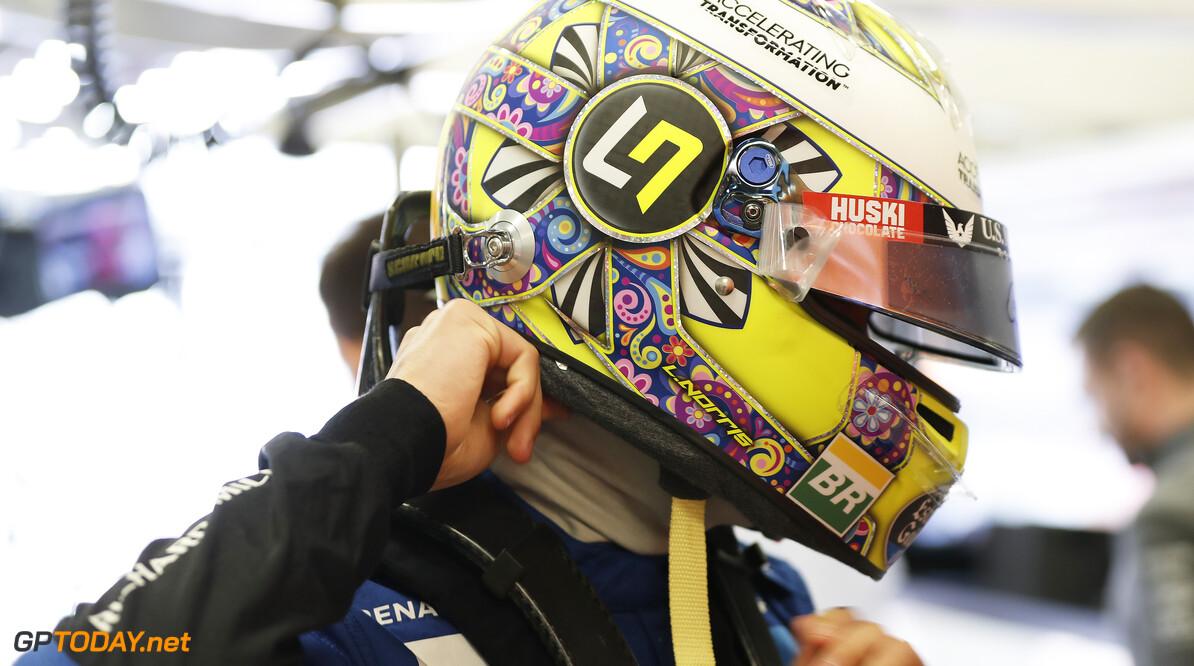 Lando Norris, McLaren MCL34   Steven Tee    Portrait Helmet garage