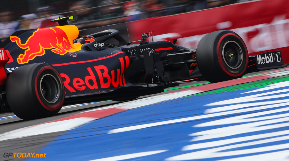 Formula One World Championship Alexander Albon (THA), Red Bull Racing  26.10.2019. Formula 1 World Championship, Rd 18, Mexican Grand Prix, Mexico City, Mexico, Qualifying Day. - www.xpbimages.com, EMail: requests@xpbimages.com (C) Copyright: Charniaux / XPB Images Motor Racing - Formula One World Championship - Mexican Grand Prix - Qualifying Day - Mexico City, Mexico XPB Images Mexico City Mexico  Formel1 Formel F1 Formula 1 Formula1 GP Grand Prix October Mexico Mexico City Mexican Autodromo Hermanos Saturday 26 10 2019 Practice Action Track