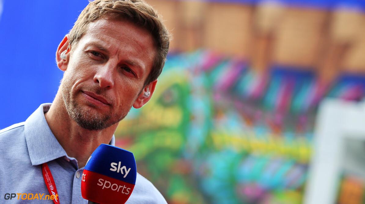 Baja 1000-avontuur Jenson Button loopt uit op overnachting in woestijn