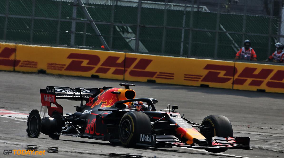 """Verstappen geïrriteerd over crash Bottas: """"Vettel ging van het gas, Hamilton niet"""""""
