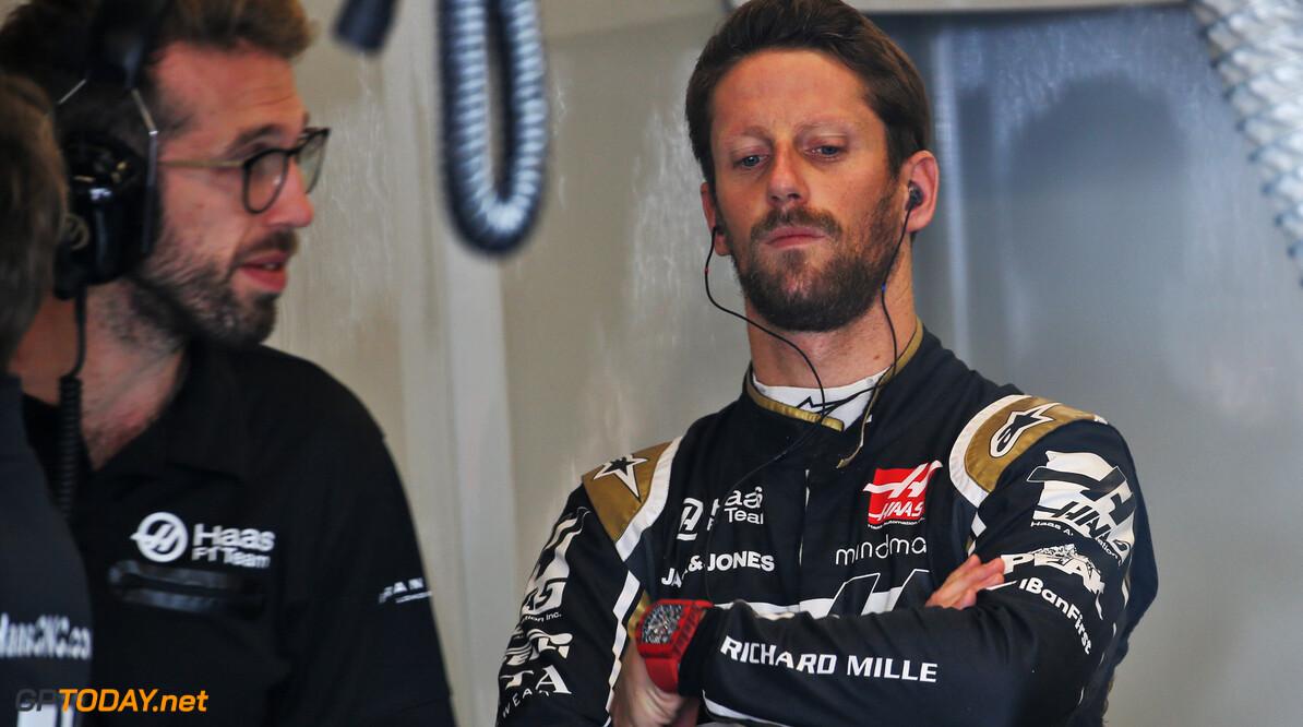<b>Video:</b> Grosjean hangt Haas-bolide in de muur tijdens VT2 in Verenigde Staten