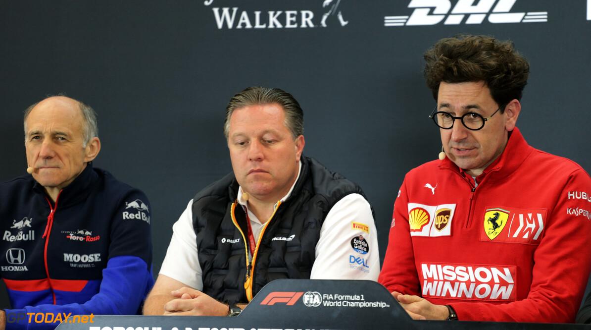 """Binotto: """"Ferrari moet strategisch gezien moedigere keuzes maken"""""""