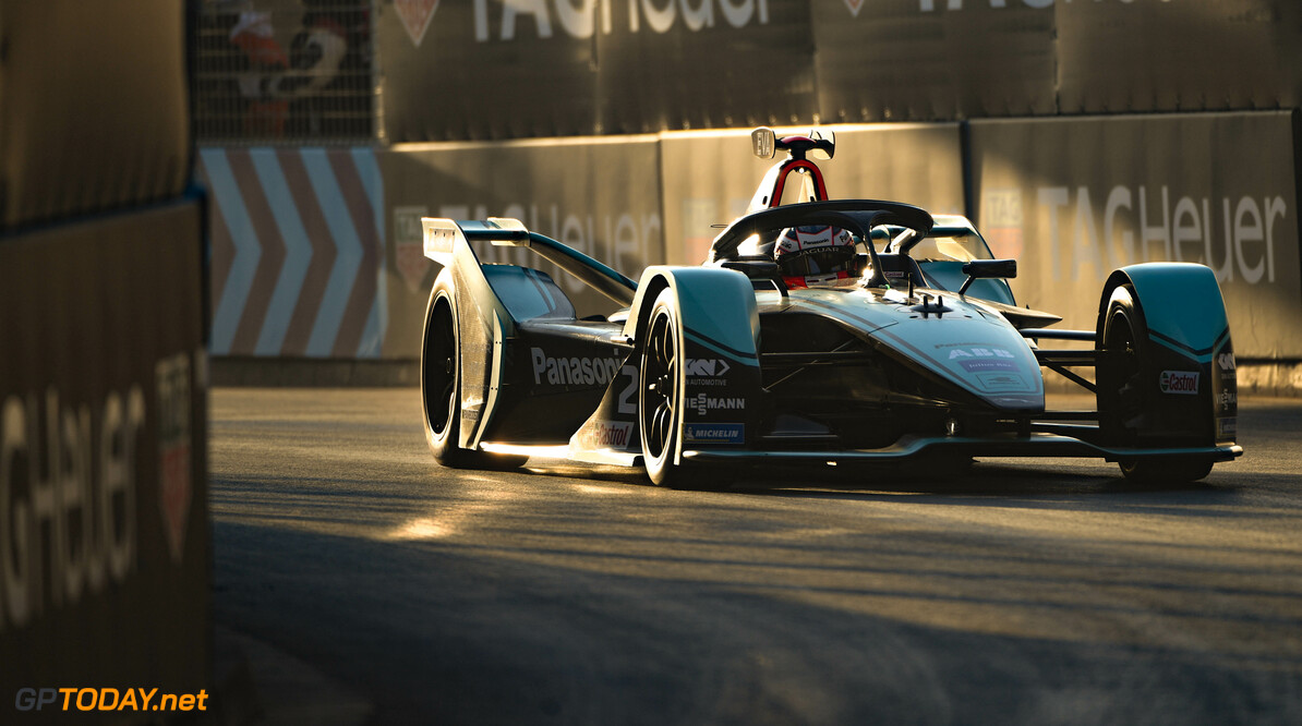 Mitch Evans (NZL), Panasonic Jaguar Racing, Jaguar I-Type 4   Sam Bagnall    action