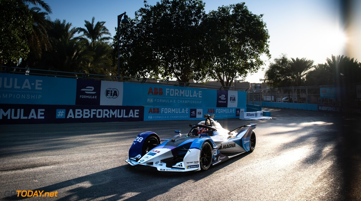 2020 Diriyah E-prix I RIYADH STREET CIRCUIT, SAUDI ARABIA - NOVEMBER 21: Maximillian Gunther (DEU), BMW I Andretti Motorsports, BMW iFE.20 during the Diriyah E-prix I at Riyadh Street Circuit on November 21, 2019 in Riyadh Street Circuit, Saudi Arabia. (Photo by Simon Galloway / LAT Images) 2020 Diriyah E-prix I Simon Galloway  Saudi Arabia  action