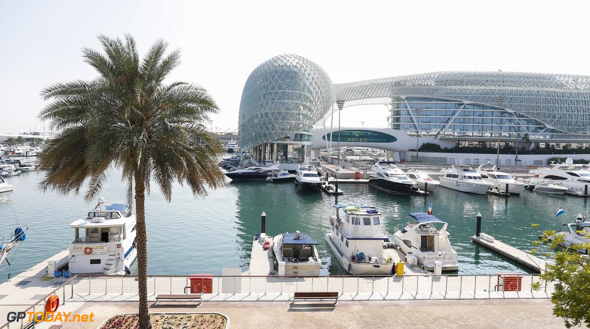 2019 Abu Dhabi GP YAS MARINA CIRCUIT, UNITED ARAB EMIRATES - NOVEMBER 28: The Yas Marina harbour during the Abu Dhabi GP at Yas Marina Circuit on November 28, 2019 in Yas Marina Circuit, United Arab Emirates. (Photo by Zak Mauger / LAT Images) 2019 Abu Dhabi GP Zak Mauger  United Arab Emirates  scenic atmosphere