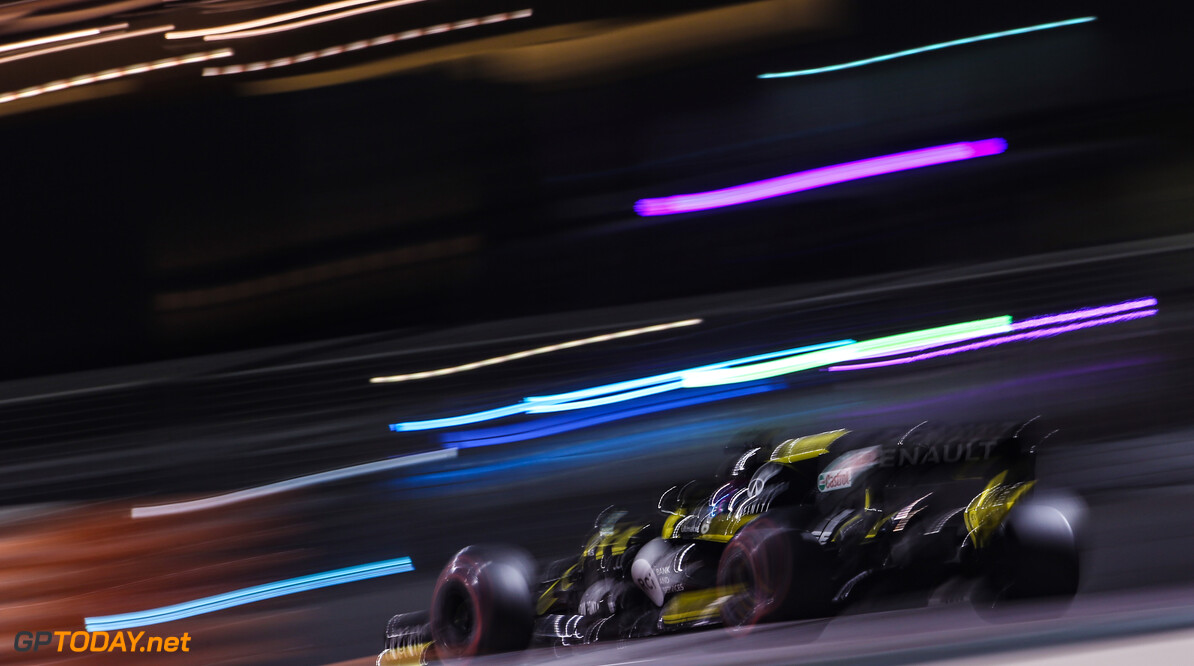 Formula One World Championship Daniel Ricciardo (AUS), Renault F1 Team  29.11.2019. Formula 1 World Championship, Rd 21, Abu Dhabi Grand Prix, Yas Marina Circuit, Abu Dhabi, Practice Day. - www.xpbimages.com, EMail: requests@xpbimages.com (C) Copyright: Charniaux / XPB Images Motor Racing - Formula One World Championship - Abu Dhabi Grand Prix - Practice Day - Abu Dhabi, UAE XPB Images Abu Dhabi Abu Dhabi  Formel1 Formel F1 Formula 1 Formula1 GP Grand Prix one November Abu Dhabi Yas Marina Circuit Yas Marina UAE United Arab Emirates Friday 29 11 2019 Action Track