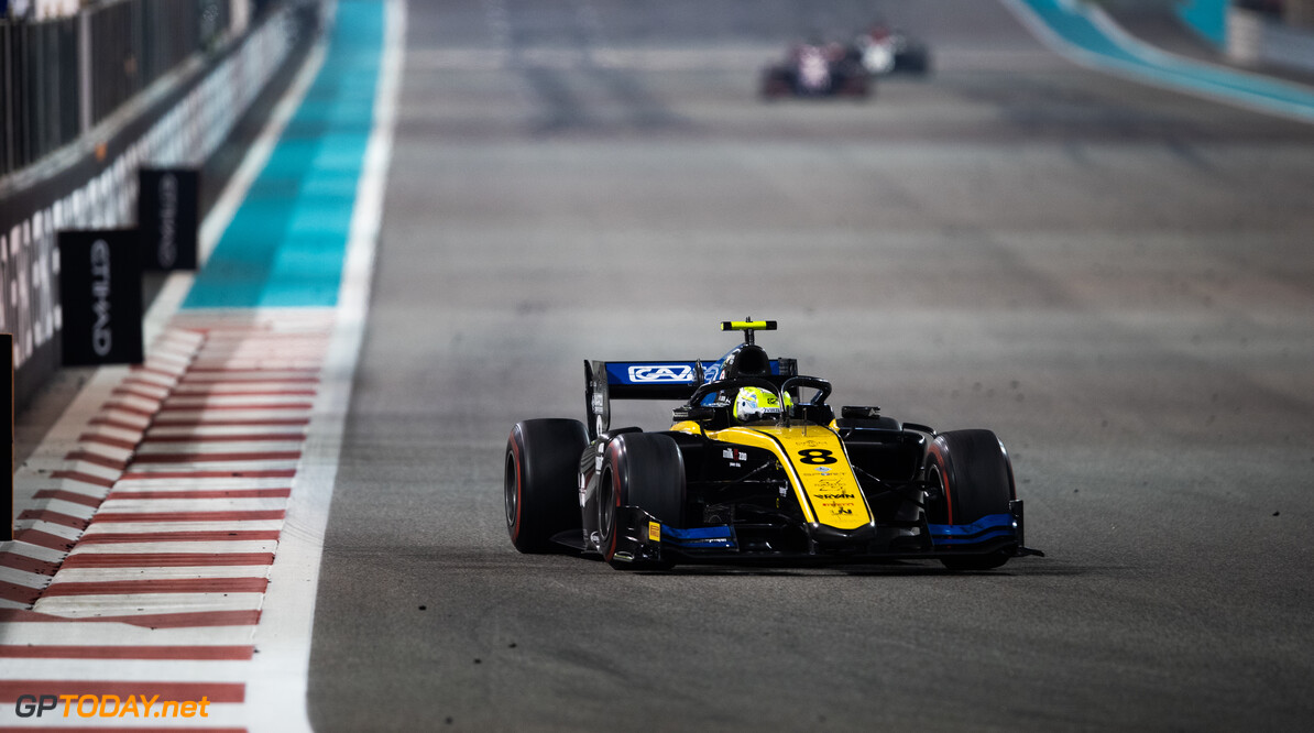 <strong>Sprint Race</strong>:  Ghiotto powers to victory in final F2 race of the season