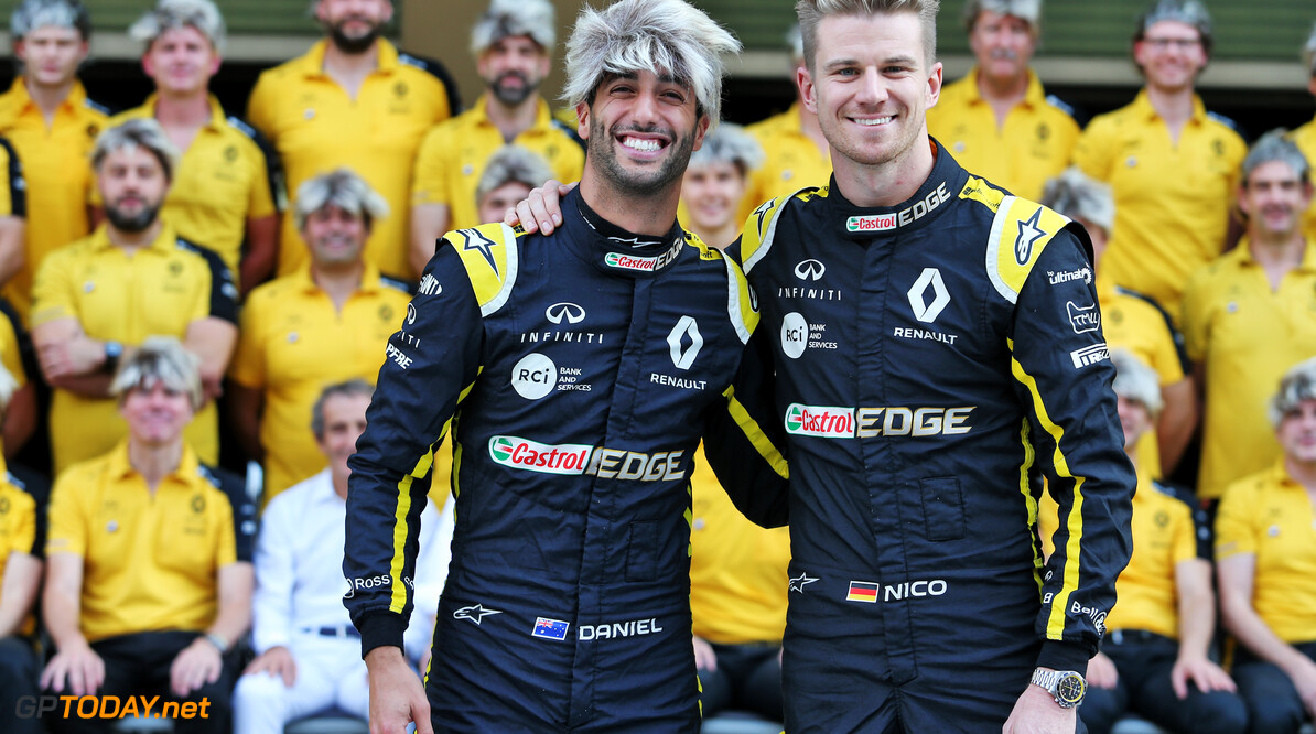 <b>Video:</b> Daniel Ricciardo en Nico Hülkenberg spelen Grill the Grid