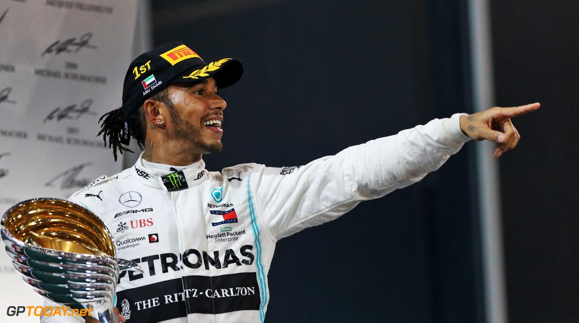 """Hamilton nog niet bezig met zevende wereldtitel: """"Bekijk het stap voor stap"""""""