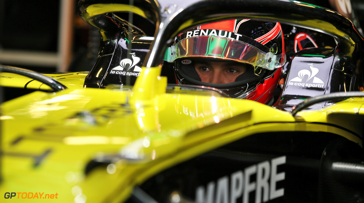 <b>Video:</b> Ocon has his seat fitting at Renault