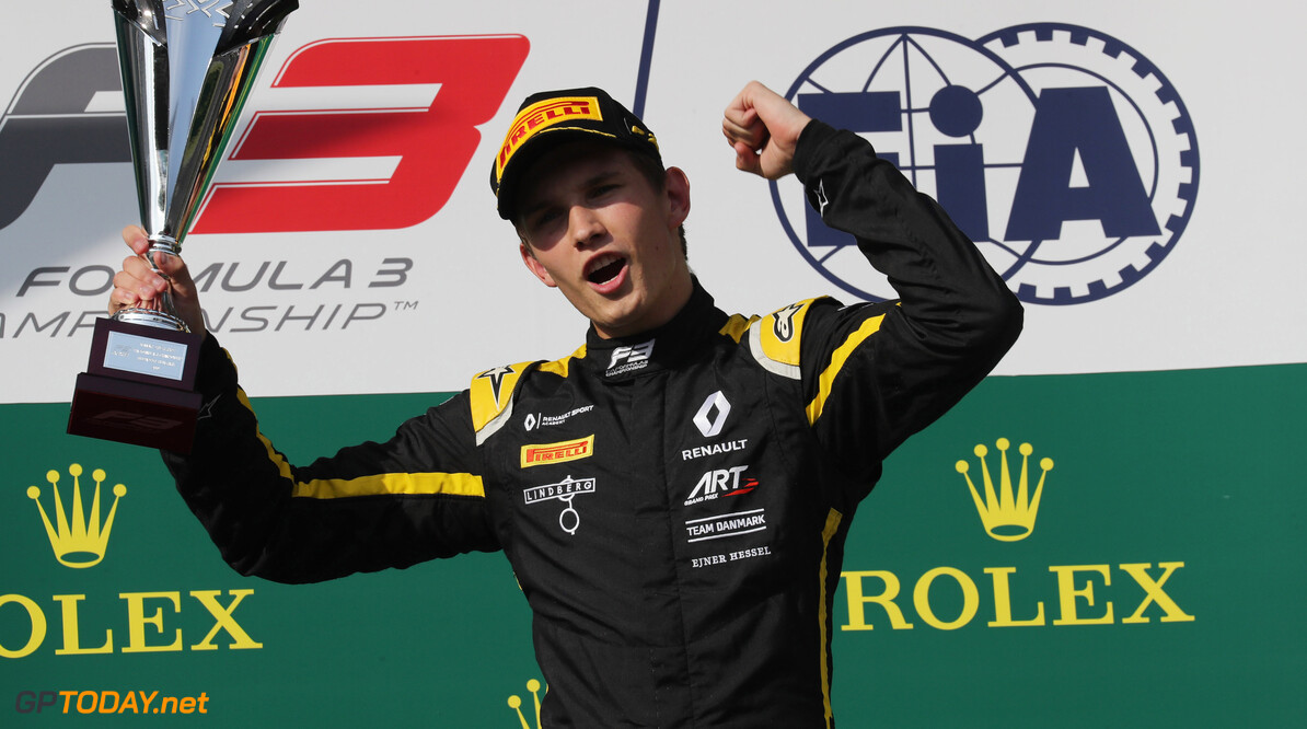 Renault junior Lundgaard moves to F2 with ART Grand Prix