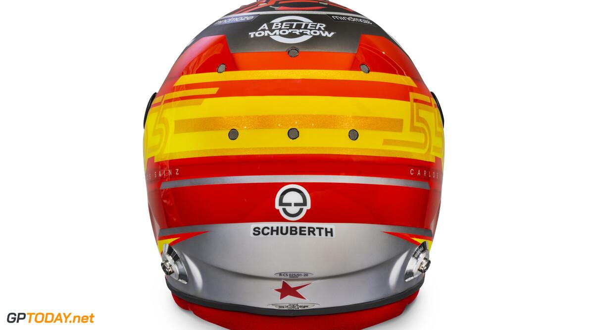 Carlos Sainz 2020 helmet_rear view  Malcolm Griffiths    Carlos Sainz 55 helmet race mcl35 partners BAT Huski Estrella Galicia LN A Better Tomorrow McLaren yellow red