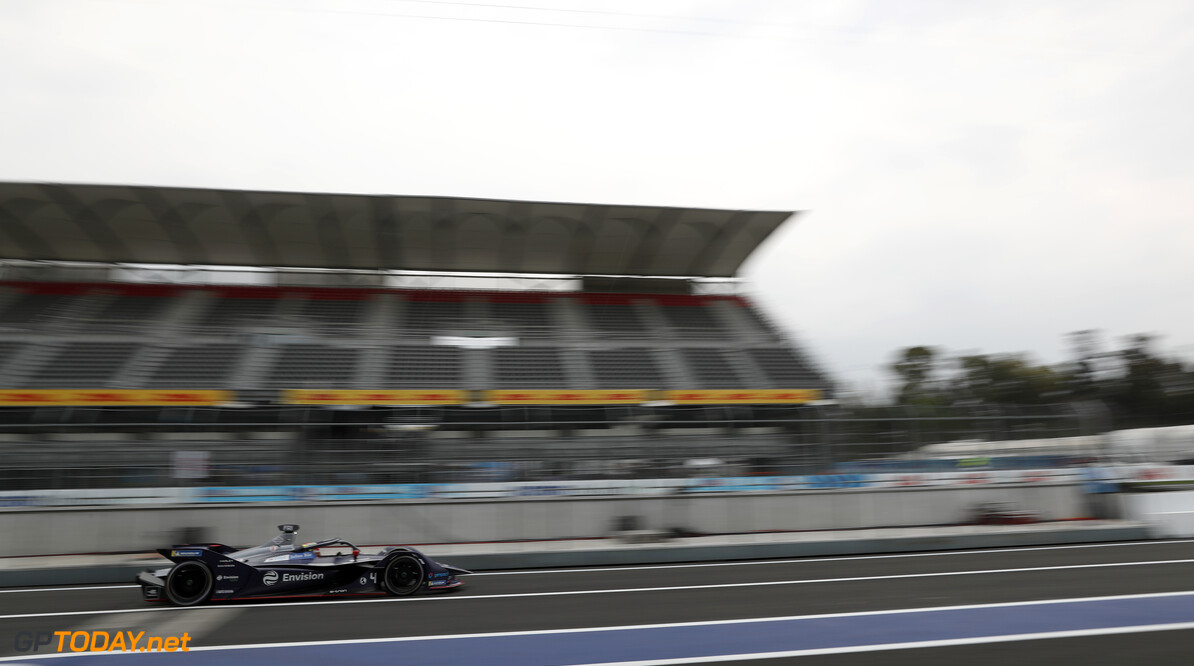 Formula E and Formula 1 have 50/50 chance of racing in 2020 - Agag