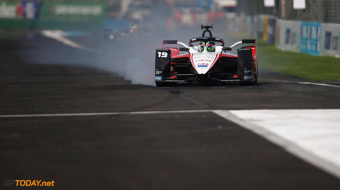 Felipe Massa (BRA), Venturi, EQ Silver Arrow 01  Dom Romney    action TS-Live