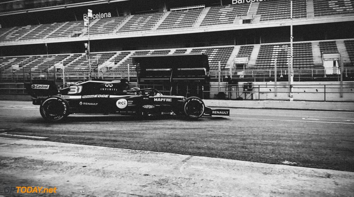 Update vanuit Barcelona: teams bouwen op, Verstappen krijgt twee testdagen