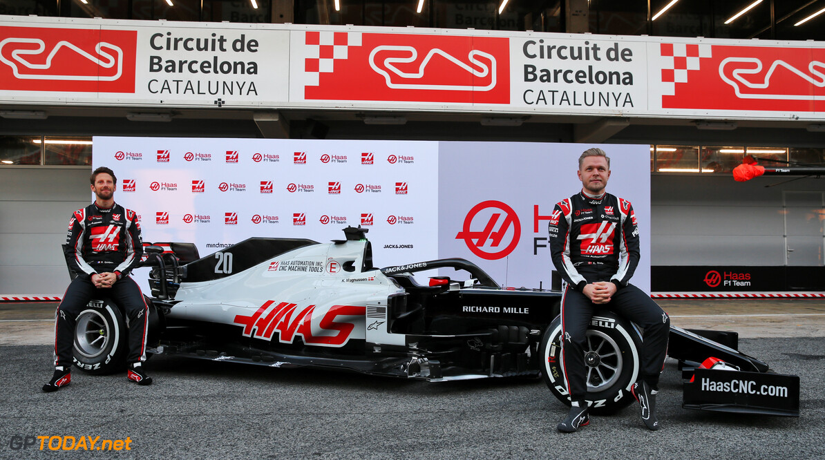 Haas showcases the VF-20 in Barcelona pit lane