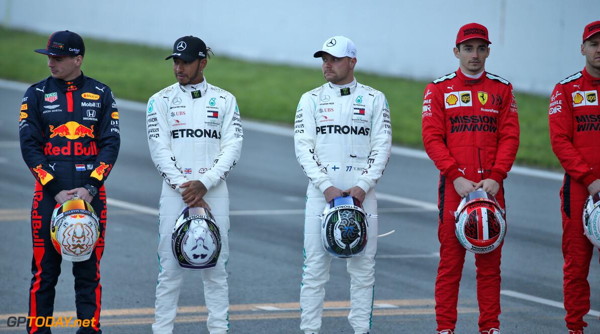 <b>Video:</b> Deze blijft goed: Verstappen, Bottas en Hamilton lachen om de leugens van Renault
