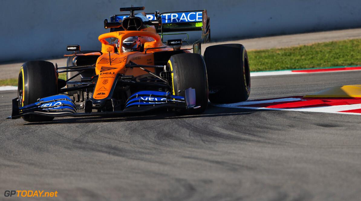 """Sainz gelinkt aan overstap naar Ferrari: """"Een mooi compliment"""""""