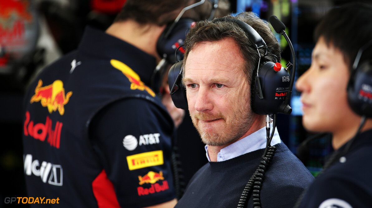 Horner: Introduce customer cars to save costs