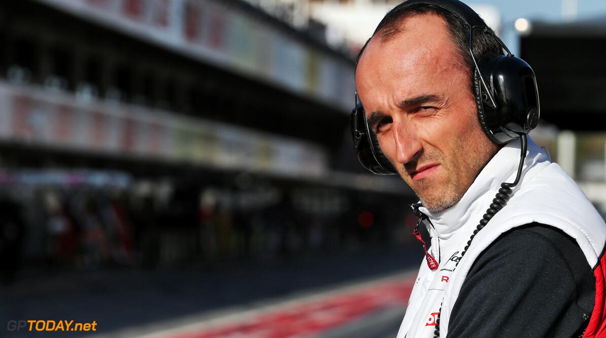 """Robert Kubica: """"Simracen kan het echte werk niet vervangen"""""""