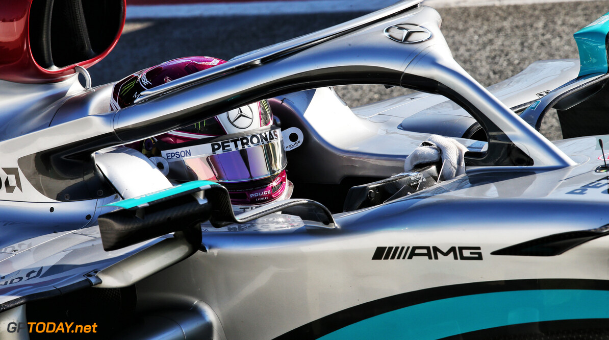 Hamilton admits concern over Mercedes' reliability