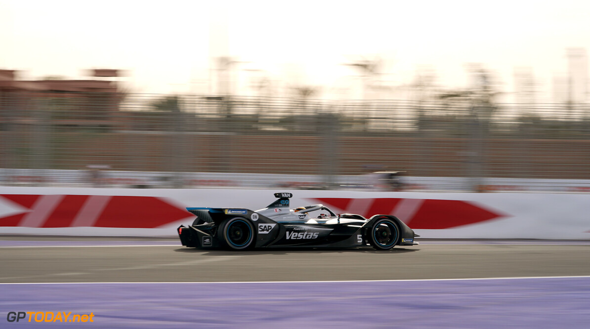 Stoffel Vandoorne (BEL), Mercedes Benz EQ, EQ Silver Arrow 01   Dan Bathie    action TS-Live