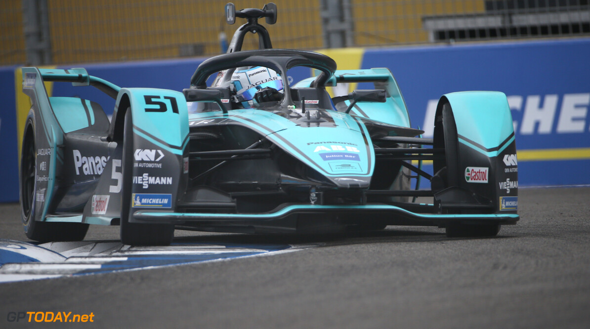 James Calado (GBR), Panasonic Jaguar Racing, Jaguar I-Type 4   Dom Romney    action TS-Live