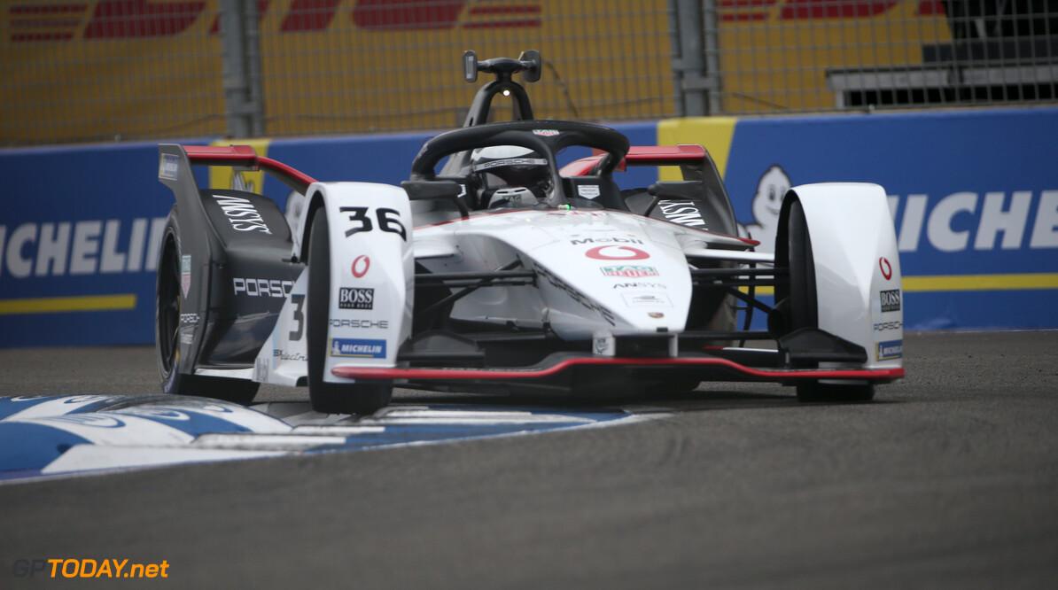Andre Lotterer (DEU), Tag Heuer Porsche, Porsche 99x Electric   Dom Romney    action TS-Live