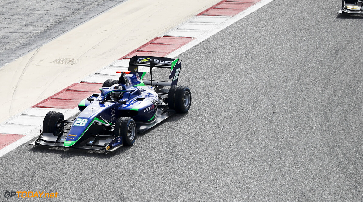 FIA Formula 3 BAHRAIN INTERNATIONAL CIRCUIT, BAHRAIN - MARCH 01: Cameron Das (USA, CARLIN BUZZ RACING) during the Test 1 - Bahrain at Bahrain International Circuit on March 01, 2020 in Bahrain International Circuit, Bahrain. (Photo by Carl Bingham / LAT Images / FIA F3 Championship) FIA Formula 3 Carl Bingham  Bahrain  action