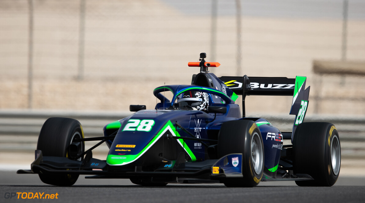 FIA Formula 3 BAHRAIN INTERNATIONAL CIRCUIT, BAHRAIN - MARCH 02: Cameron Das (USA, CARLIN BUZZ RACING) during the Test 1 - Bahrain at Bahrain International Circuit on March 02, 2020 in Bahrain International Circuit, Bahrain. (Photo by Joe Portlock / LAT Images / FIA F3 Championship) FIA Formula 3 Joe Portlock  Bahrain  FIA Formula 3 action Monday
