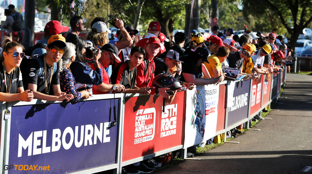 Fans banned from entering Albert Park circuit for Australian GP