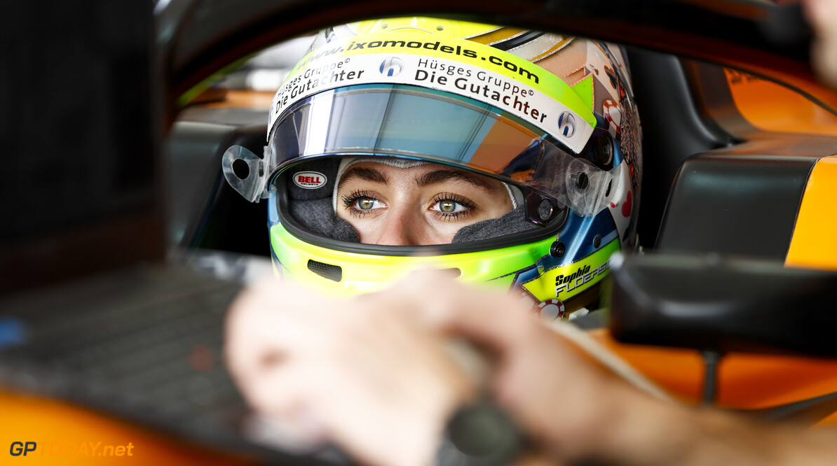 FIA Formula 3 BAHRAIN INTERNATIONAL CIRCUIT, BAHRAIN - MARCH 02: Sophia Floersch (DEU, CAMPOS RACING) during the Test 1 - Bahrain at Bahrain International Circuit on March 02, 2020 in Bahrain International Circuit, Bahrain. (Photo by Carl Bingham / LAT Images / FIA F3 Championship) FIA Formula 3 Carl Bingham  Bahrain  Portrait