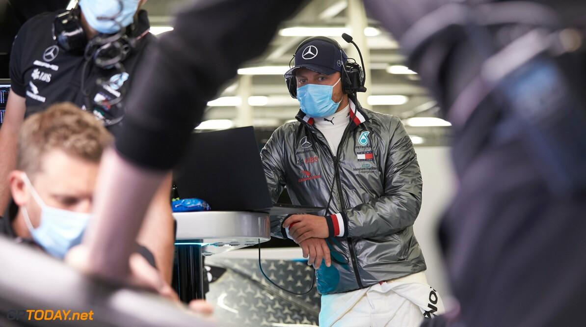Mercedes presenteert 'nieuwe normaal' tijdens test in Silverstone