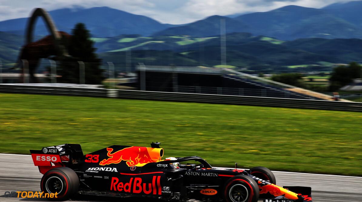 <b>Video:</b> Vergelijk de snelste rondjes van Max Verstappen en Lewis Hamilton