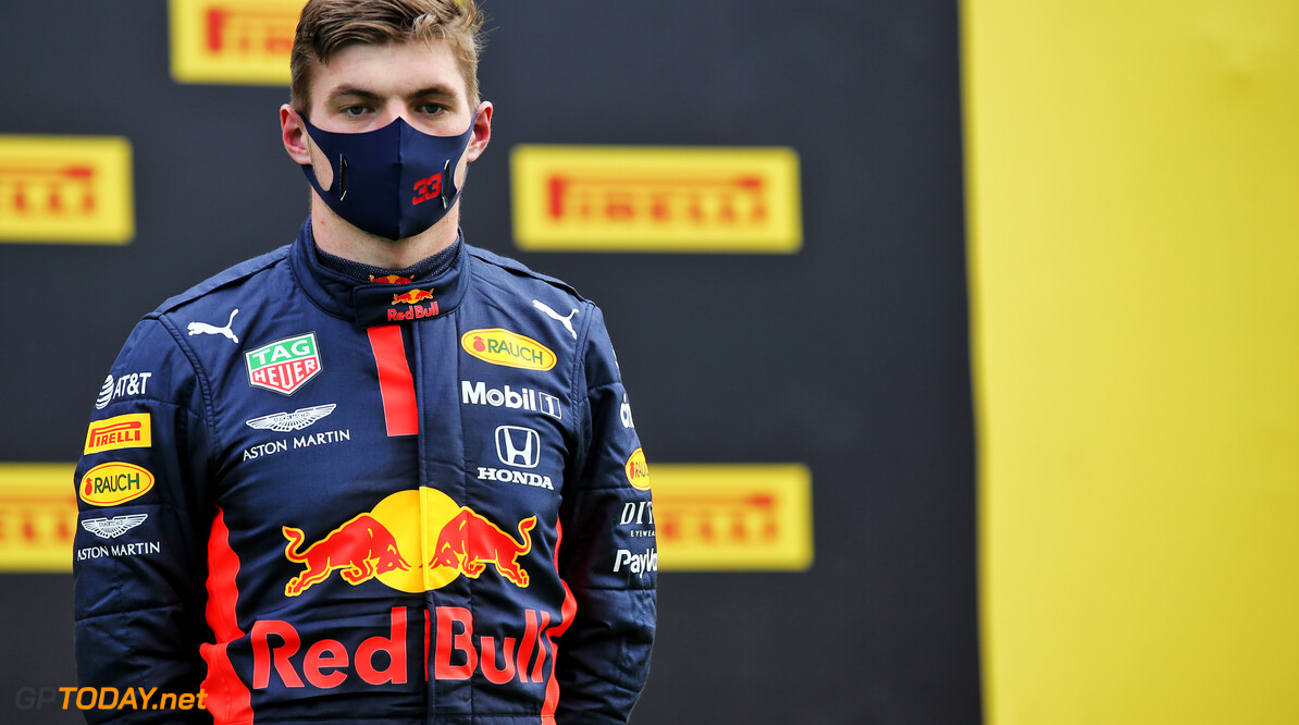 "<b>Video:</b> Verstappen dolt Hulkenberg in uitzending RTL Duitsland: ""Ouwe rukker"""