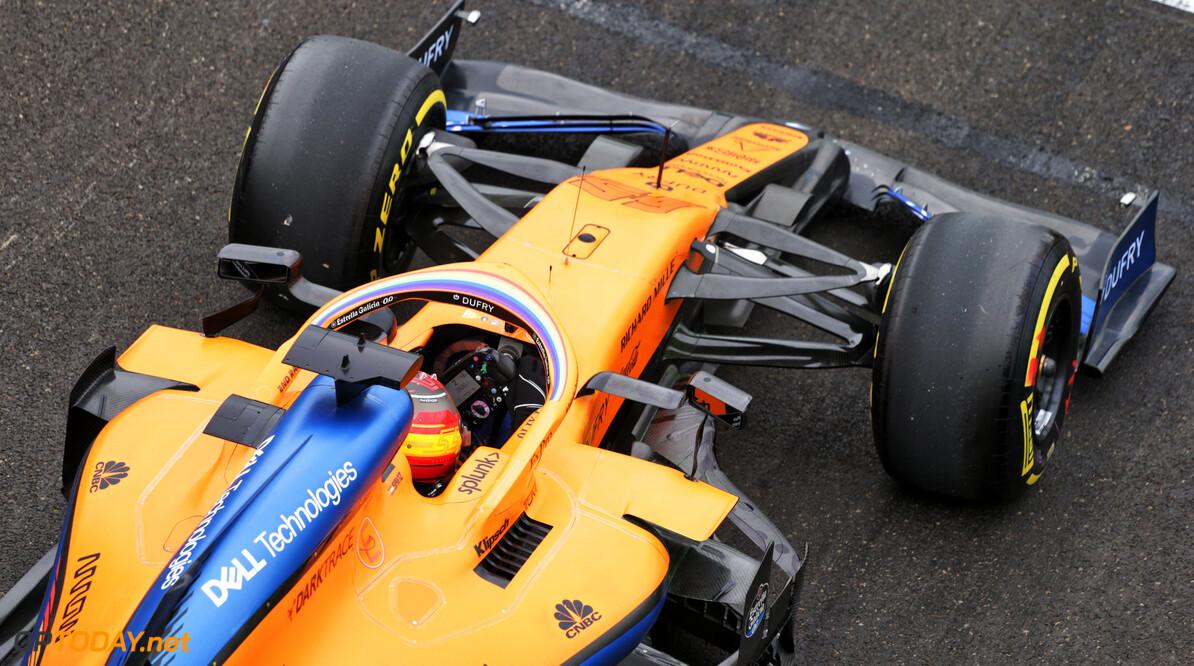 McLaren heeft te weinig onderdelen door crash van Carlos Sainz