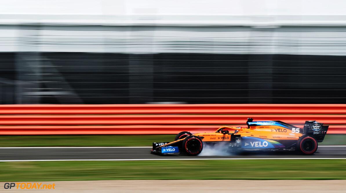 """Carlos Sainz: """"Romain Grosjean rijdt echt levensgevaarlijk"""""""