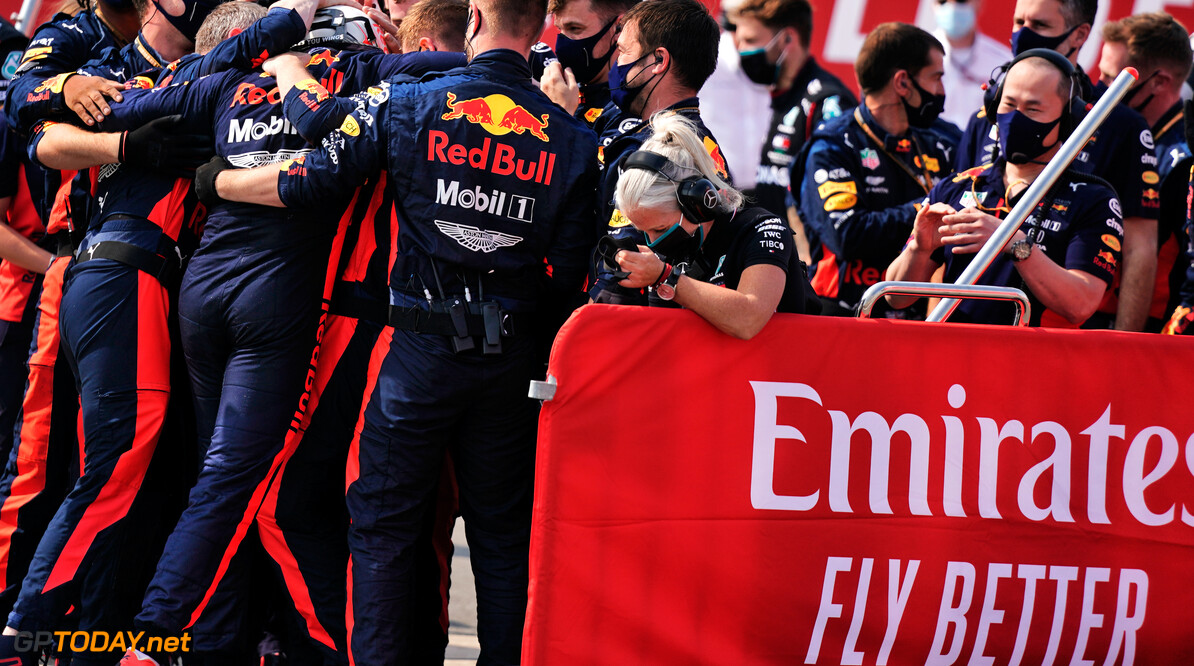 <b>Video:</b> De overwinning van Max Verstappen door de ogen van Red Bull Racing
