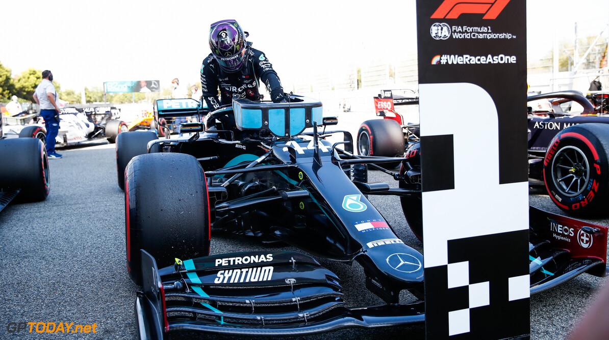Grand Prix van Spanje: Hamilton te snel voor Verstappen en Bottas
