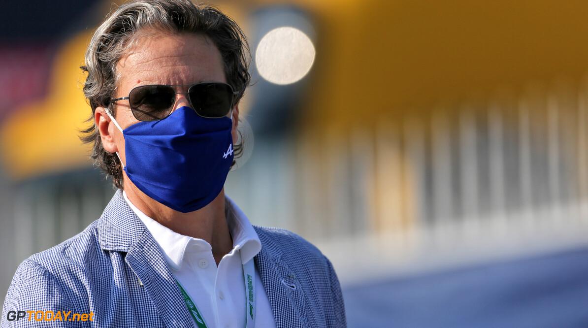 """Renault CEO: """"Fernando Alonso is een merk"""""""