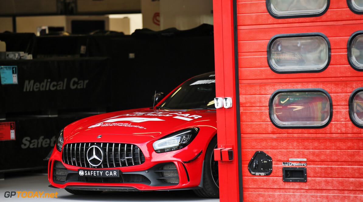 Mercedes schildert Safety Car rood en brengt daarmee homage aan Ferrari