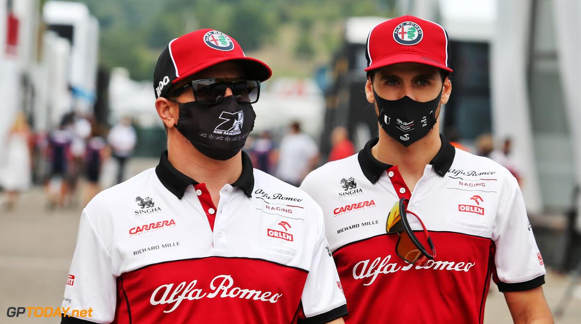 """Giovinazzi: """"Kimi nog steeds bij de beste coureurs in F1"""""""