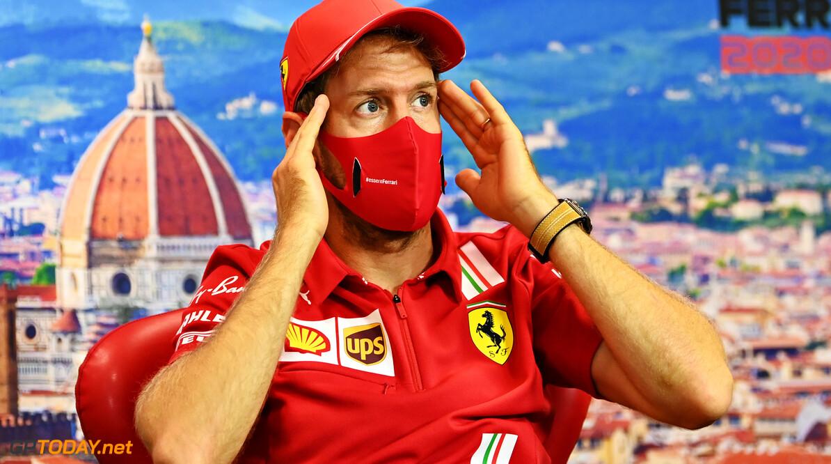 """Vettel voelt mee met Williams: """"Russell heeft hard gevochten en geen punten"""""""