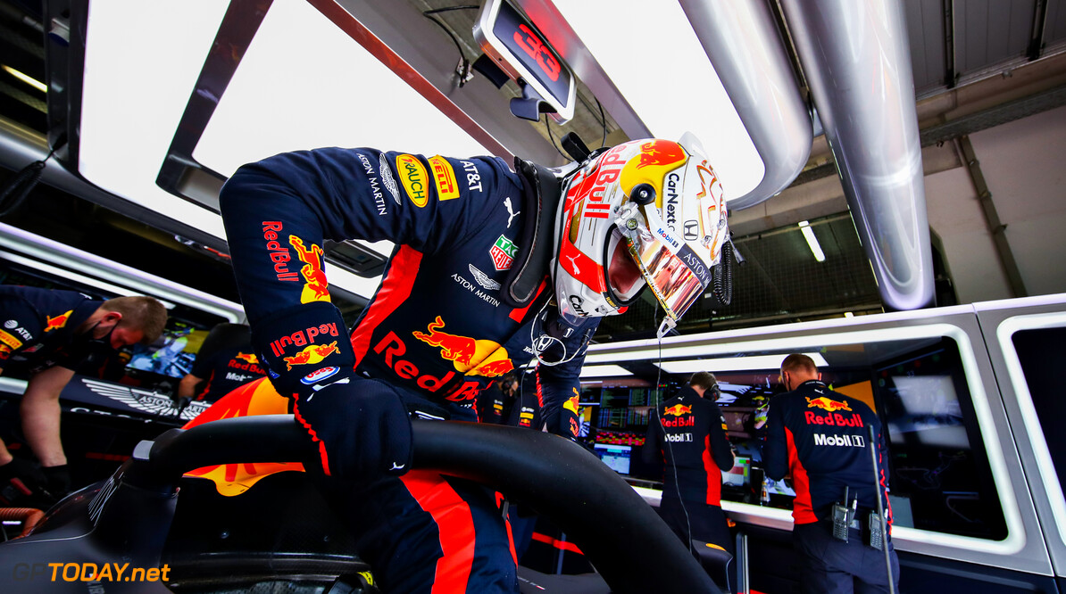 NUERBURG, GERMANY - OCTOBER 10: Max Verstappen of Netherlands and Red Bull Racing climbs from his car during final practice ahead of the F1 Eifel Grand Prix at Nuerburgring on October 10, 2020 in Nuerburg, Germany. (Photo by Mark Thompson/Getty Images) // Getty Images / Red Bull Content Pool  // SI202010100122 // Usage for editorial use only //  F1 Eifel Grand Prix - Final Practice     SI202010100122