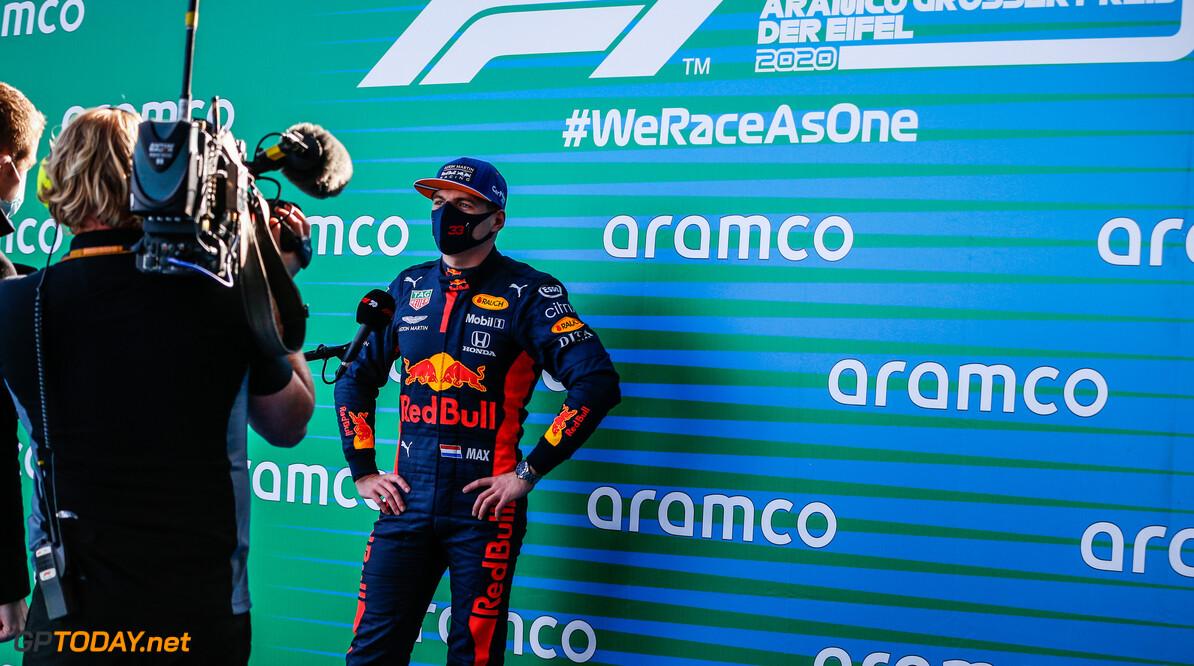 """Max Verstappen over safety-car: """"Hij was te lang buiten, snap er niets van"""""""