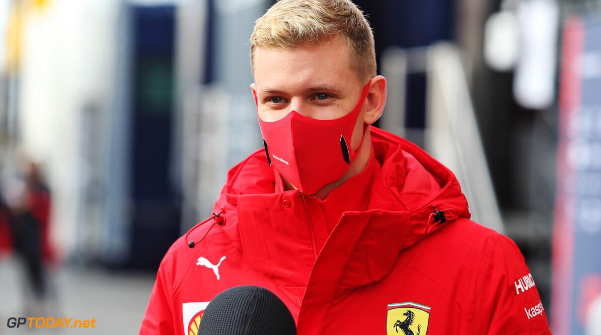 """Helmut Marko: """"Mick Schumacher vormt uitstekende combinatie met Kimi Raikkonen"""""""