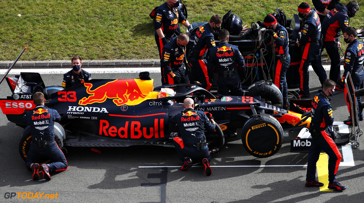 NUERBURG, GERMANY - OCTOBER 11: Max Verstappen of Netherlands and Red Bull Racing prepares to drive on the grid before the F1 Eifel Grand Prix at Nuerburgring on October 11, 2020 in Nuerburg, Germany. (Photo by Mark Thompson/Getty Images) // Getty Images / Red Bull Content Pool  // SI202010110148 // Usage for editorial use only //  F1 Eifel Grand Prix     SI202010110148