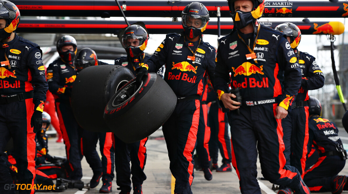 NUERBURG, GERMANY - OCTOBER 11: The Red Bull Racing team walk back into the garage after a pitstop during the F1 Eifel Grand Prix at Nuerburgring on October 11, 2020 in Nuerburg, Germany. (Photo by Mark Thompson/Getty Images) // Getty Images / Red Bull Content Pool  // SI202010110242 // Usage for editorial use only //  F1 Eifel Grand Prix     SI202010110242