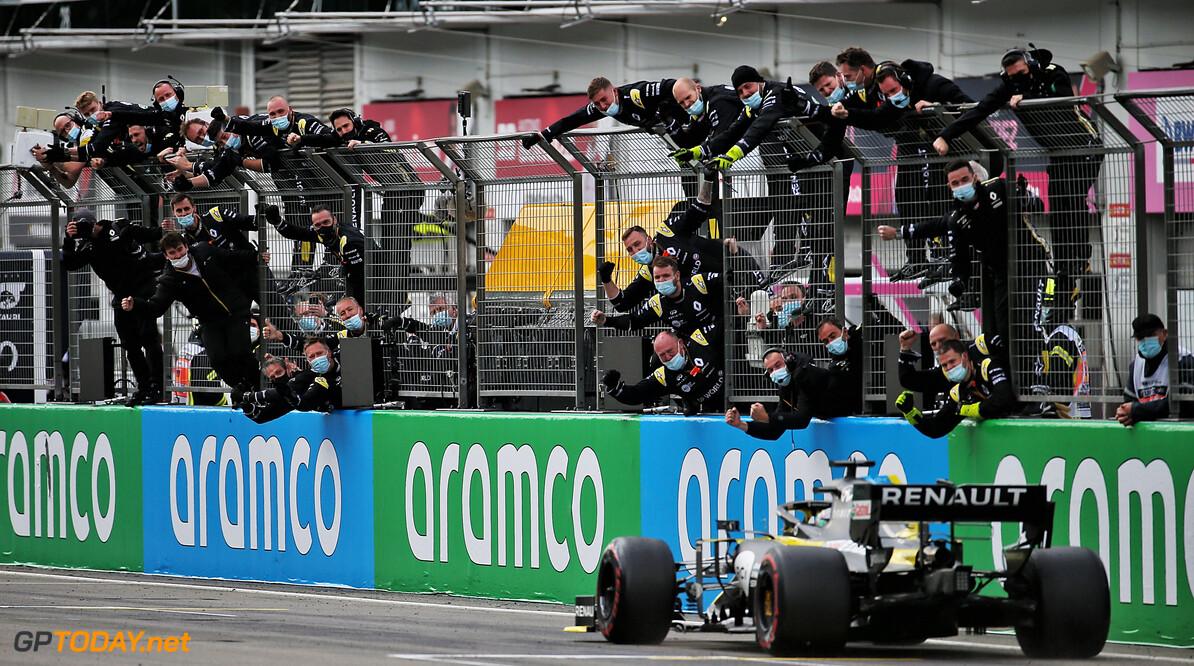 """Mark Hughes waarschuwt Red Bull: """"Renault gaat dit jaar meer podiumplaatsen pakken"""""""